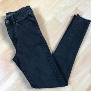 American Eagle Black Super Stretch X4 Raw Hem Jean